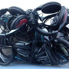 What´s that? Twelve headphones - part of the equipment of the OUBEY Global Encounter Tour, ready to travel to Uganda, where the next stopover takes place NIAAD on December 18, 19 and 21.