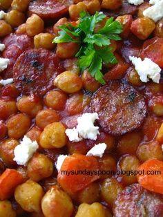 Μελωμένα ρεβύθια φούρνου με χωριάτικο λουκάνικο και κάρυ Chana Masala, Cooking Ideas, Chili, Food And Drink, Appetizers, Soup, Ethnic Recipes, Chile, Appetizer