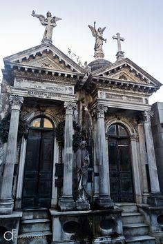 Cemitério de La Recoleta, Buenos Aires, Argentina - Arquitetura e lugares | Osvaldo Furiatto Fotografia e Design