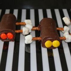 Easy race car party snack recipe.