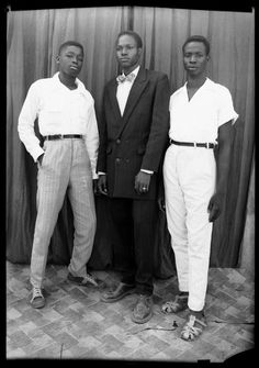 The official website of the great Malian photographer Seydou Keita Seydou Keita, African Men, African Fashion, 1950s Casual Clothing, Afro, Vintage Black Glamour, Vintage Style, Famous Photographers, Well Dressed Men