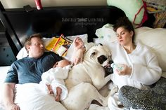 Danielle Guenther, from New York, wanted to capture the daily struggles parents face in her photography series Best Case Scenario which captures the chaos of family life. Family Portraits, Family Photos, Animals And Pets, Funny Animals, Funny Illusions, Tier Fotos, Photo Series, Raising Kids, Family Life