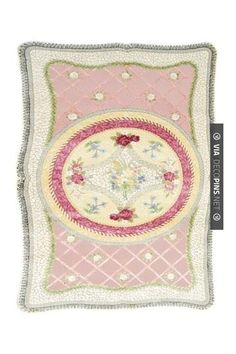 Neato - Shabby Cottage: Wales Wool & Silk Hook Blend Rug - Multi - x Shabby Chic Dining Room, Shabby Chic Desk, Shabby Chic Fabric, Shabby Chic Curtains, Shabby Chic Baby Shower, Shabby Chic Style, Shabby Chic Furniture, Shabby Cottage, Casual Chic Style