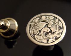 Hand Engraved Art Nouveau Sterling Silver Tie Tac