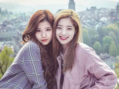 Sana & Dahyun share a smile ,Twice as nice! Sana NEEDS an American Male! But I know these 2 are an item, Hmph! Just Kidding I Hope. Kpop Girl Groups, Korean Girl Groups, Kpop Girls, Girl Day, My Girl, Twice Group, Photo Scan, Twice Dahyun, Twice Sana