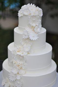 The Cake Studio - Columbus Wedding Cake Bakery, Wedding Cakes, Gorgeous Cakes, Wedding Day, Sweets, Decorating, Studio, Simple, Desserts