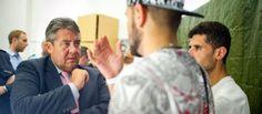 Flüchtlinge: Gabriel fordert Kostenübernahme | Flucht und Zuwanderung- Frankfurter Rundschau