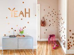 Un toque de cobre en la decoración del hogar a base de lunares en la pared. Posibilidades infinitas.