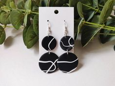 Polymer Clay Crafts, Handmade Polymer Clay, Polymer Clay Jewelry, Diy Clay Earrings, Earrings Handmade, Biscuit, Black And White Earrings, Nickel Free Earrings, Jewelry Making
