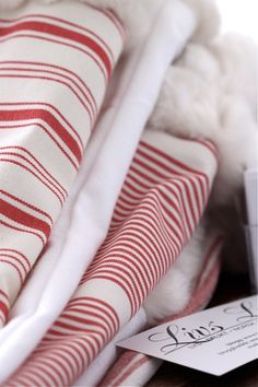 red and white Friedrich Schiller, Red Color, Colour, Red Cottage, Red Kitchen, Quilt Bedding, Red And White Stripes, Candy Cane, Linens