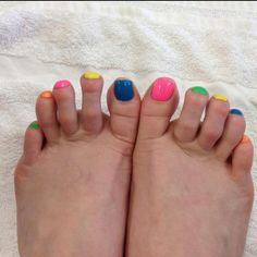 Jelly bean toes!!....I just had to post this cause these are UGLY feet. If you dont have cute feet....dont post them. feet are already gross as is!