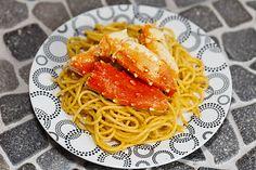 Roasted garlic crab and garlic noodles.