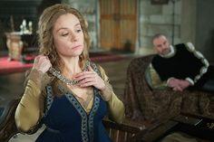 Reign - Season 2 Episode 12 Still Reign Catherine, Reign Mary, Mary Queen Of Scots, Queen Mary, Queen Elizabeth, Francis Of France, Reign Serie, Reign Season, Season 2