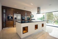 Kitchens made in Harrogate by Inglish Design : Cabinets & shelves by INGLISH DESIGN