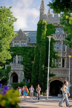 McMaster University, Hamilton, ON - Most Beautiful University Campuses In Canada - Marlene Landscape Photos, Landscape Photography, Wedding Photography, Beautiful World, Most Beautiful, Hamilton Ontario Canada, University Dorms, Black And White Landscape, College Life