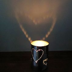 Get the tutorial for this DIY candle holder from Charlotte Hupfield Ceramics #DIY #Valentines