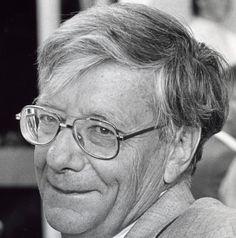 † Nico Bloembergen (97) 05-09-2017 De Nederlands-Amerikaanse Nobelprijswinnaar Nico Bloembergen is dinsdag op 97-jarige leeftijd overleden. Zijn familie maakte zijn overlijden bekend. Bloembergen ontving in 1981 de Nobelprijs voor Natuurkunde voor zijn bijdragen aan de ontwikkeling van lasertechnologie. https://youtu.be/4SSa1hQLoS0
