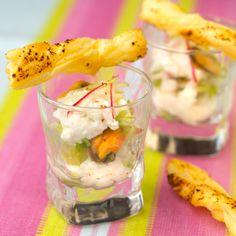 Verrine Armor - Argoat. Recette : T. Bryone Photo : C. Herlédan. Découvrez la recette sur  https://www.facebook.com/LesProduitsLaitiers/photos/a.739395296101295.1073741836.136045459769618/739395506101274/?type=3&theater  #entree #starter #appetizers #snack #miam #cuisine #gourmandise #gastronomie #produitslaitiers #dairy #gastronomy #lait #milk #delicious #foodporn #recette #recipe #food