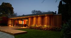 A Mid-Century Era Pool House, Toronto, canada by +tongtong