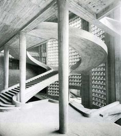 Auguste Perret, Palais d'Iena, 1937, www.histoiredelartl2.wordpress.com