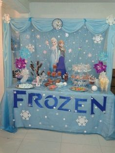 birthday party decorations 591801207269492584 - 26 Ideas Cake Decorating Ideas Disney Frozen Birthday For 2019 Source by lucialovecats Frozen Birthday Decorations, Elsa Birthday Party, Winter Birthday Parties, Frozen Themed Birthday Party, Disney Frozen Birthday, Carnival Birthday Parties, Birthday Party Themes, 4th Birthday, Frozen Table Decorations