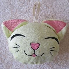 Bath Sponge Kitty - 5x7 | What's New | Machine Embroidery Designs | SWAKembroidery.com Mar Lena Embroidery