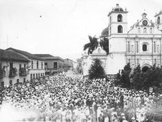 Manifestacion en apoya al General Carias  Tegucigalpa, Honduras 1930