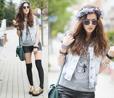 """H Ramones Tee, New Look Denim Vest, Diy Floral Crown, H Leather Shorts, Wholesale Dress.Net Creepers //""""HEY HO LET'S GO"""" by Emi Coco . // LOOKBOOK.nu"""
