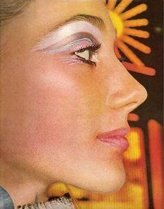 Wild 60'S Eye Makeup
