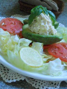 Barato y Rico: PALTA REINA Potato Salad, Ethnic Recipes, Food, Avocado, Homemade Recipe, Salads, Chilean Recipes, Chilean Food, Meals