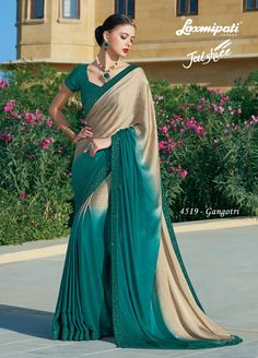 Glam up your wardrobe with this lively green georgette saree that will make you look like a gorgeous diva. Green coloured georgette saree carrying green coloured satin silk blouse with stone work. Lehenga Saree, Georgette Sarees, Saree Dress, Fancy Sarees, Party Wear Sarees, Indian Clothes Online, Saree Shopping, Dubai Fashion, Chiffon Saree