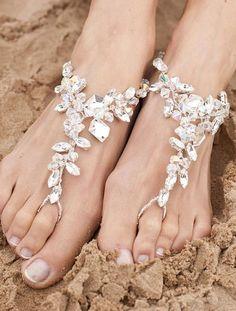 Jewelled Anklets / Wedding Style Inspiration / LANE (instagram: the_lane)
