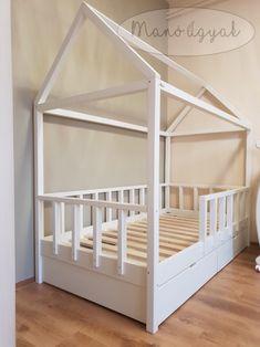 #házikóágy #házágy #egyediágy #gyerekágy #gyerekszoba #kidsbed #kidsbedroom #kidsbedroomdesign #beddesign #montessori #montessoribed #montessoribedroom