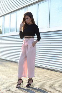 WWW.INNERCLASSY.DE - German Fashion & Interior Blogger - streetstyle - Rosa Culotte Hose zara - striped top shein - black gladiator high heels