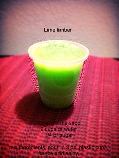 Lime limber Puerto Rican Cuisine, Puerto Rican Recipes, Sweet Desserts, Delicious Desserts, Yummy Food, Limber Recipe, Boricua Recipes, Puerto Rico Food, Mantecaditos