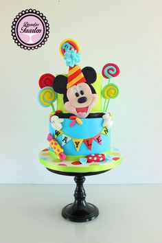 Colourful Mickey Mouse cake Minnie Y Mickey Mouse, Bolo Mickey, Fiesta Mickey Mouse, Mickey Mouse Cupcakes, Mickey Mouse Clubhouse, Mickey Party, Mickey Mouse Birthday, Birtday Cake, Disney Cakes