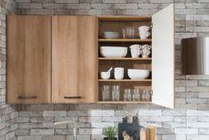 Novinka 2018. Kuchyňa LEANDRA vo farebnom vyhotovení Dub mountain. Bathroom Medicine Cabinet, Mountain, Mountaineering