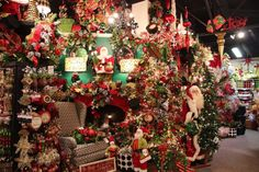 First Stop on the Ultimate Christmas Shop Road Trip - Miss Cayce's - Christmas Shops around the World