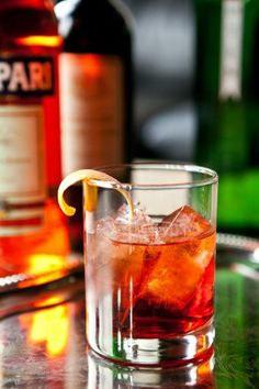 Campari cocktails - Negroni, Americano, Old Pal, and Boulevardier - Feast Magazine. Fun Drinks, Beverages, Campari Cocktails, Sun Tea, Strong Drinks, Ann Miller, Date Dinner, Savory Snacks, Cocktail Recipes
