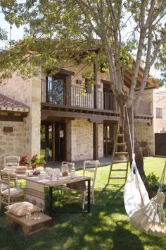 House rustic country patio New ideas Style At Home, Future House, My House, Country Patio, Rustic Patio, Design Exterior, Patio Design, Exterior Colors, Garden Design