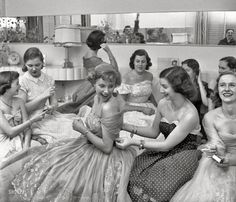 """From photographs by Stanley Kubrick for the Look magazine article """"The Debutante Who Went to Work"""": """"Socialite model/actress Betsy Von Furstenberg attending a weekend house party. (via Shorpy Historical Photo Archive :: House Party: Vintage Outfits, Vintage Clothing, Vintage Dresses, Jacques Fath, Stanley Kubrick, Pin Up, Robert Cornelius, Old Photos, Vintage Photos"""