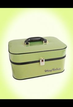Retro inspired train case for jewelry and toiletries - love it but too expensive.