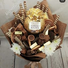 42 super ideas for chocolate candy valentine food Food Bouquet, Gift Bouquet, Candy Bouquet, Chocolate Gifts, Best Chocolate, Valentines Food, Valentine Gifts, Pinterest Valentines, Edible Bouquets