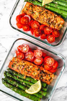 15 Minute Meal-Prep Garlic Butter Salmon with Asparagus - - This easy garlic butter salmon meal prep with asparagus is a great way to guide yourself into a healthier lifestyle. - by prep recipes Meal-Prep Salmon and Asparagus in Garlic Lemon Butter Sauce Salmon Recipes, Lunch Recipes, Meal Prep Recipes, Vegetarian Recipes, Crockpot Recipes, Budget Recipes, Shrimp Recipes, Recipes Dinner, Fish Recipes