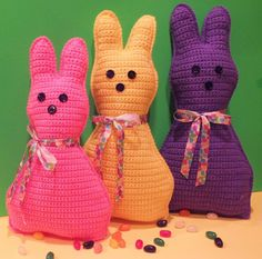Free Easter Peep Crochet Pillow Pattern