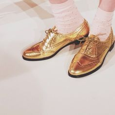 Still thinking about these gold @kate spade new york shoes from #nyfw.