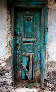 Kütahya, Turkey, old wooden door, entrance, doorway, beauty, cracks, weathered, aged, details, photo