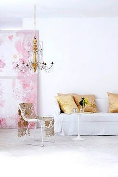 white sofa bertoia chair pink yellow living room pinterest design wohnzimmer und zuhause. Black Bedroom Furniture Sets. Home Design Ideas