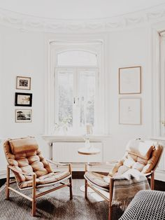 Cozy armchairs in a nook