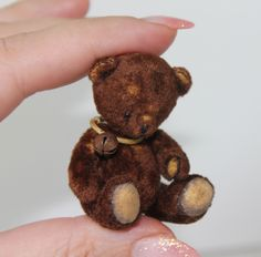Tiny Dollhouse Teddy Bear Pattern and Tutorial